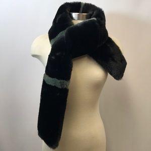 Jocelyn Luxe Faux Fur Black & Grey Scarf